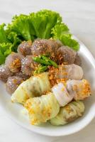Steamed Rice-Skin Dumplings and Steamed Tapioca Dumplings with Pork photo