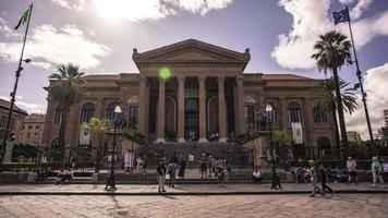 Teatro Massimo in Palermo in Time Lapse video