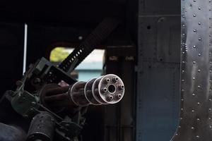 ametralladora en el helicóptero americano foto