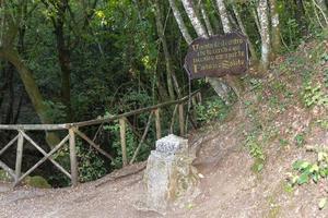 centro geográfico de italia ubicado en narni foto