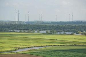 Hermoso paisaje rural cerca de Kiel, Schleswig Holstein, Alemania foto