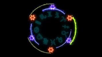12 puissance de feu du zodiaque et du dodécagone écrasante autour d'un bleu magique puissant video