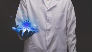 médico tocando holograma electrónico coronavirus ilustración de pantalla virtual moderna foto