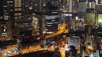 Time-lapse du trafic dans la ville d'Osaka au Japon video