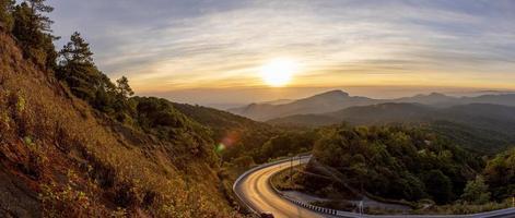 bellas imágenes del parque nacional doi inthanon en chiang mai, tailandia -turismo en tailandia foto