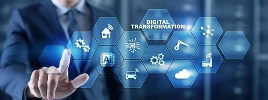 Concepto de tecnología de digitalización y transformación digital sobre fondo abstracto foto