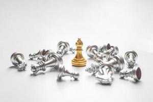 victoria del juego de ajedrez, concepto de éxito empresarial foto