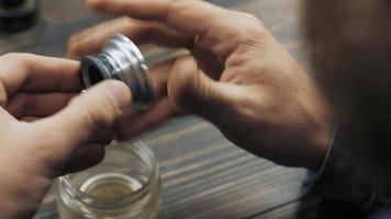 master develops focus inside the lens video