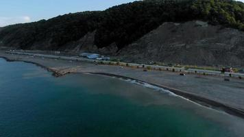 acampamento costeiro video