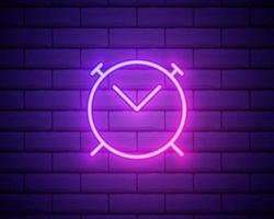 Icono de reloj de alarma de línea de neón brillante aislado sobre fondo de pared de ladrillo. despierta, levántate concepto. signo de tiempo. ilustración vectorial. vector