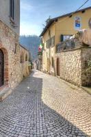 Vista del casco antiguo de Fortunago, norte de Italia foto