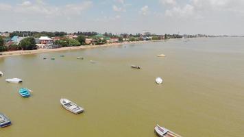 Boote auf dem gelben Meer video
