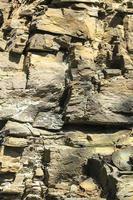 muro de piedras apiladas una encima de la otra foto