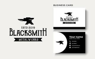 inspiración para el diseño del logotipo de herrero metalúrgico vector