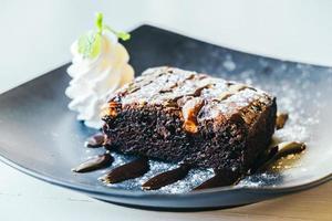 pastel de brownies de chocolate foto