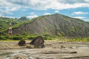paisaje de liji badlands en la ciudad de taitung, taiwán foto