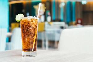 vaso de refresco helado foto