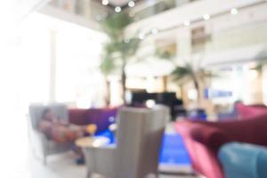 Desenfoque abstracto y interior desenfocado del hotel y el vestíbulo foto
