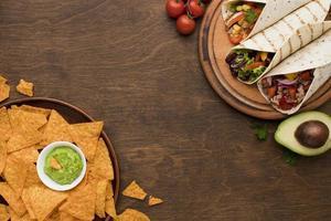 vista superior deliciosa comida mexicana lista para ser servida. concepto de foto hermosa de alta calidad