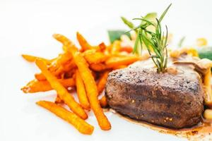 Grilled beef tenderloin meat with vegetable photo