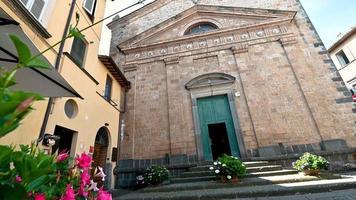 pequena igreja em corso cavour em orvieto video