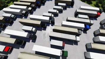 vista aérea de vários caminhões em um estacionamento video
