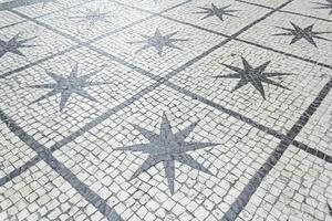 estrellas en baldosas externas foto