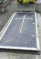 tumba antigua medieval foto