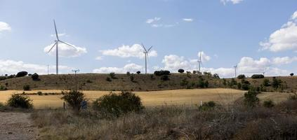Molinos de viento en la provincia de Soria, Castilla y León, España foto
