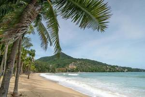 fondo de playa de verano tropical vacío foto
