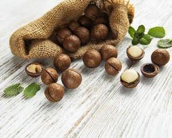 nueces de macadamia orgánicas foto