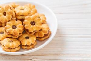 Coconut biscuit with pineapple jam photo