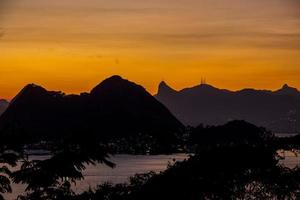 Sunset in city park niteroi photo