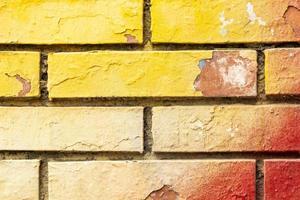 la pared pintada de colores para decorar foto