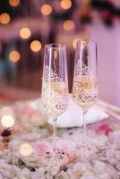 wedding glasses for wine and champagne from crystal photo