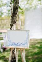 elegantes decoraciones de boda hechas de flores naturales foto