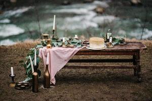 wedding decor with a golden cake photo