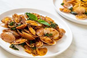 Stir Fried Clams with Roasted Chilli Paste photo