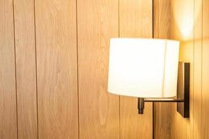 hermosa decoración de lámpara colgante en una habitación foto