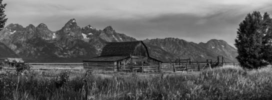 vista panorámica de las montañas grand teton foto