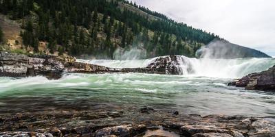 río kootenai noroeste de montana foto