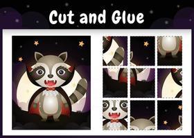 juego de mesa para niños corta y pega con un lindo mapache usando un disfraz de drácula de halloween vector