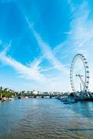 Ciudad de Londres con el río Támesis, Reino Unido foto