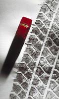Footprint pneumatics and miniature car photo