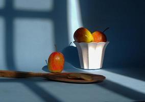 una manzana partida con un fondo azul, una foto perfecta para un flogger de comida