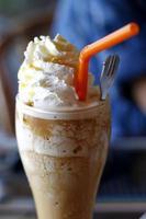 helado de moca mezclado foto