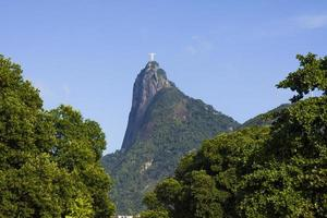 Christ the Redeemer seen from the Flemish embankment photo