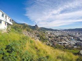 paisaje desde lo alto del cerro borel en río de janeiro. foto