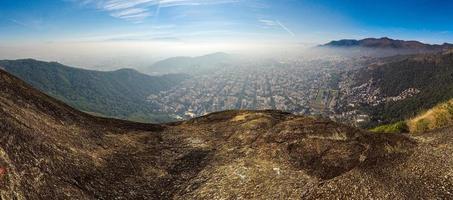 Vista desde el pico perdido en Río de Janeiro, Brasil foto