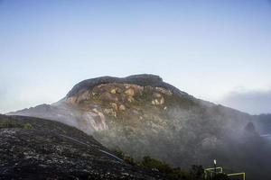 Campana de piedra en Río de Janeiro, Brasil foto